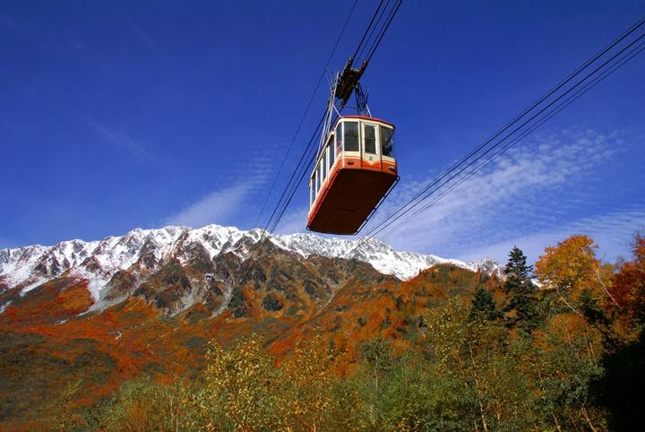 가을이 머무는 풍경…일본서 만나는 단풍 여행지는