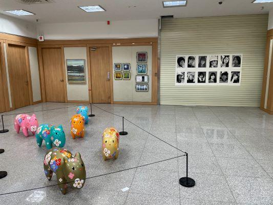 군, 첫 현대미술전시 영흥늘푸른아트센터 展. [사진=옹진군]