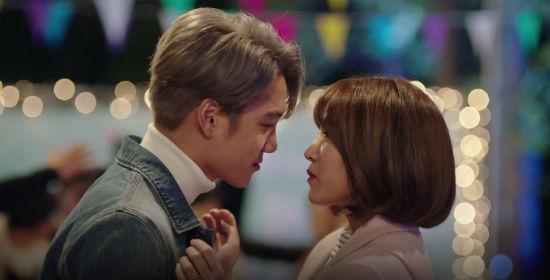 훈남 결말 고르는 '첫 키스만 일곱 번째', EXO카이 엔딩은? - 이뉴스투데이